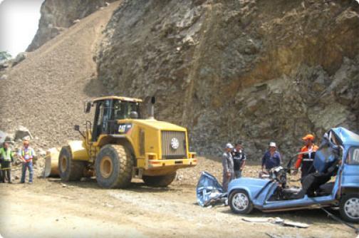 Accidente sobre la vía  Buga - Buenaventura deja tres muertos