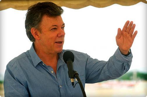 Santos ratifica a Minagricultura y anuncia nuevos Mininterior y Minambiente