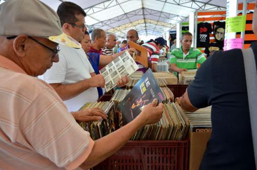 Coleccionistas rinden homenaje a la música afrocaribeña en el encuentro de Melómanos - elpais.com.co