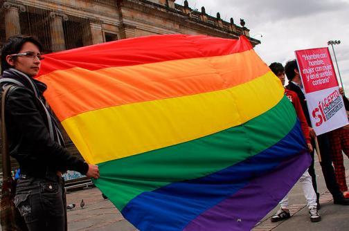 Las claves de la adopción gay en Colombia, más allá del debate
