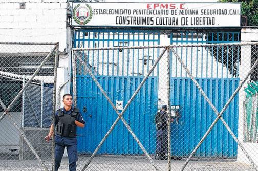 Seis heridos dejan riñas en cárcel Villahermosa
