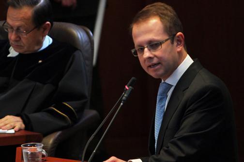 Procuraduría pide que Corte revise tutela por condena contra Arias