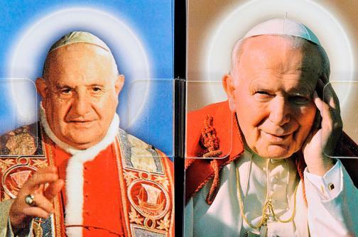 Dos papas que dejaron su sello en la Iglesia llegan a los altares