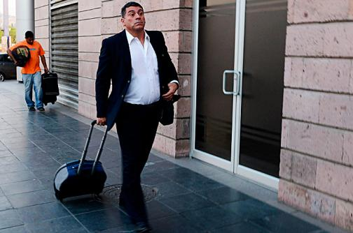 Luis Fernando Suárez no seguirá como técnico del Universitario de Perú