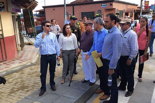 Firman inicio de obras del Malecón del Lago Calima