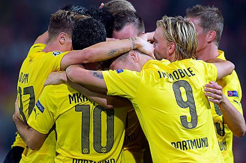 Borussia Dortmund sin Adrián Ramos golea al Schalke