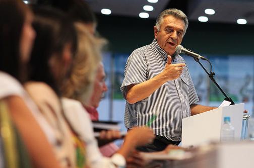 Ministro del Trabajo, Luis Eduardo Garzón, habla sobre caso de Chiclets Adams