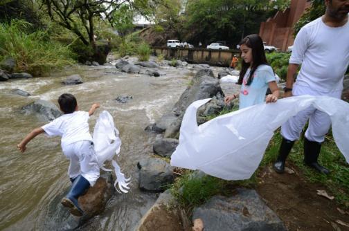 Fotos: las esculturas flotantes del río Cali