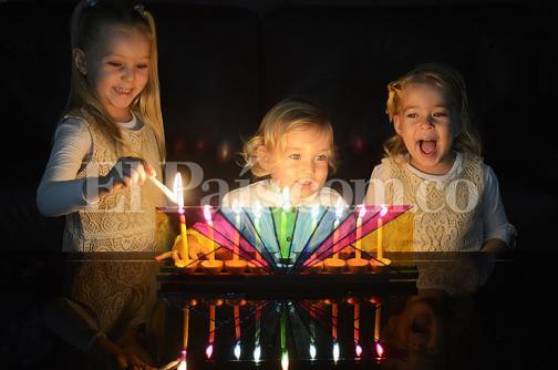Así es la fiesta de las luces de los judíos en todo el mundo