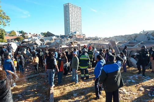 En imágenes: estragos de la explosión en un hospital infantil de México