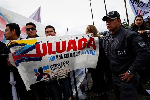 Óscar Iván Zuluaga rinde interrogatorio en la Fiscalía