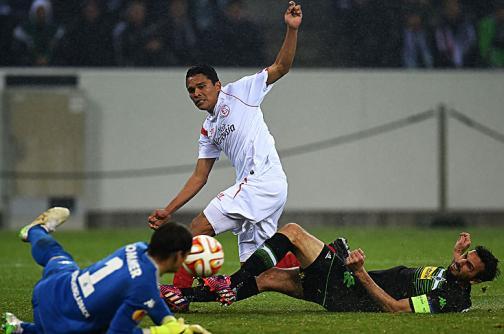 Colombianos buscan llegar a la final de la Europa League