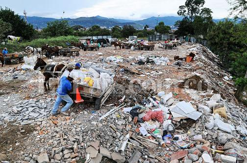 Solución para el problema de escombros en Cali aún no está cerca