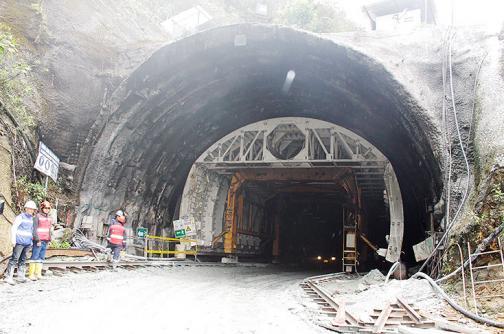 Reinician obras en el túnel de la Línea