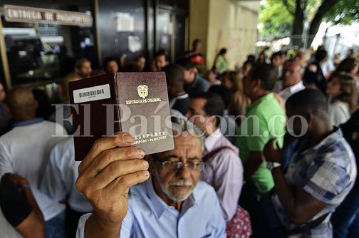 Anuncian nueva inversión para mejorar servicio de pasaportes en la Gobernación