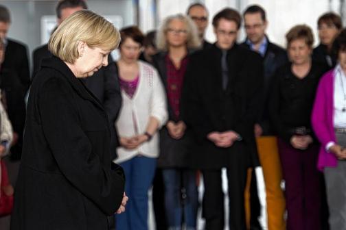 En imágenes: sigue luto en Francia y Alemania por caída de avión en Los Alpes franceses