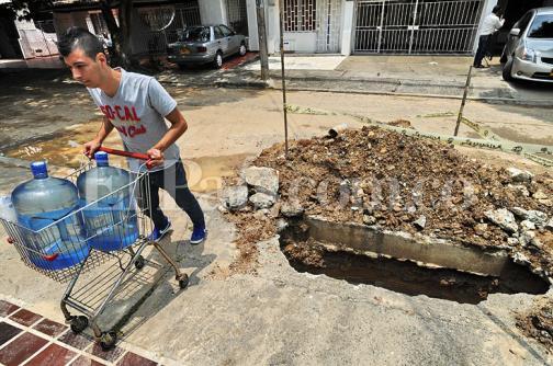 Habitantes del barrio Pampalinda denuncian cortes frecuentes de agua