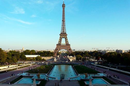 Imágenes: Torre Eiffel cumple 126 años de inaugurada
