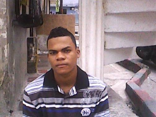 Vinculan a policía en la muerte de un joven durante operativo en Buenaventura