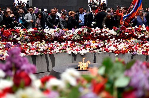 Armenios conmemoran el centenario del genocidio de su pueblo