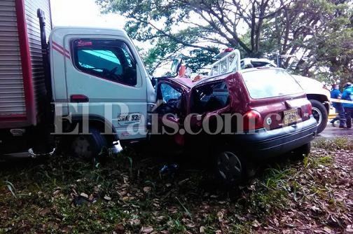 Cuatro heridos en accidente de tránsito en la vía Buga-Yotoco