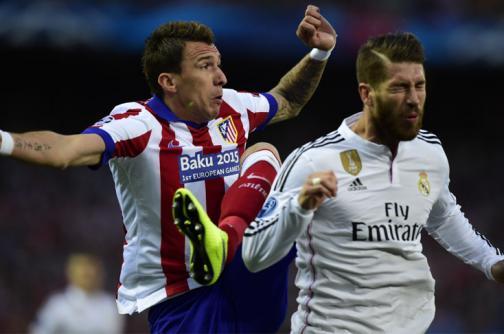 Real Madrid y Atlético podrían ser sancionados sin poder fichar jugadores