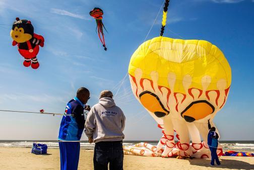 En imágenes: gigantes se toman el cielo francés