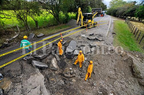 En imágenes: así quedó la vía Panamericana tras detonación de dos cargas explosivas