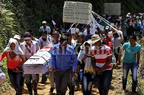 En imágenes: así fue el sepelio de Ingrit, menor víctima de una mina en el Cauca