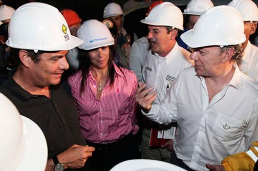 Presidente Santos verificó avances en la construcción del túnel de la línea