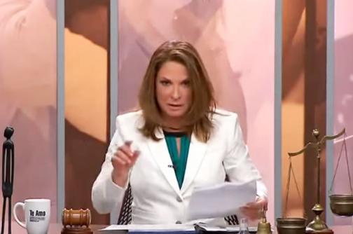 """El viral del día: como """"una mafiosa de primera"""" definen a María Luisa Piraquive en 'Caso cerrado'"""
