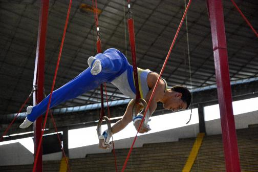 Jossimar Calvo volvió a competencias en el suramericano de gimnasia en Cali