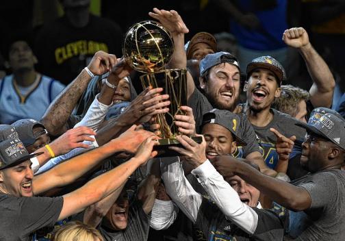 Warriors vencieron a Cavaliers y ganaron el título de la NBA