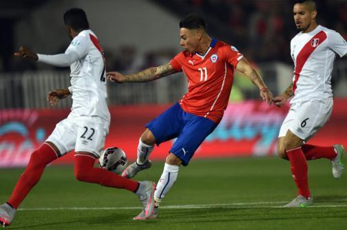 En fotos: los mejores momentos del triunfo de Chile 2-1 frente a Perú