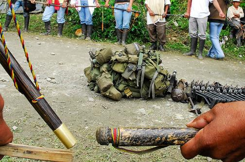 Indígenas entregaron a militares retenidos en el Cauca