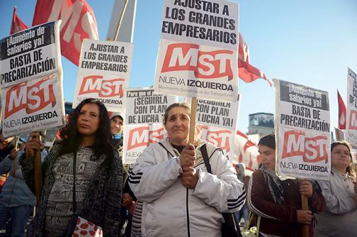 Argentina, paralizada por huelga general de transporte