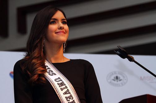 """""""No es tan fácil renunciar, tengo un contrato firmado"""": Paulina Vega"""