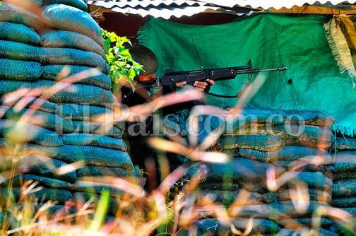 Hostigamiento en El Mango, Cauca, deja un policía herido