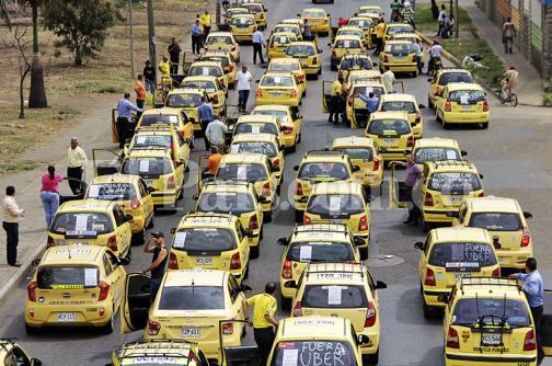 En fotos: 'la mancha amarrilla' se tomó las calles de Cali en protesta contra Uber
