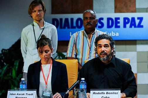 Farc deben reanudar cese unilateral y someterse a la justicia, dicen líderes políticos