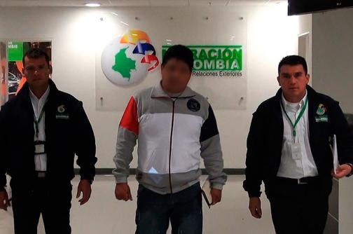Detienen en Eldorado a un peruano que tenía circular roja de Interpol