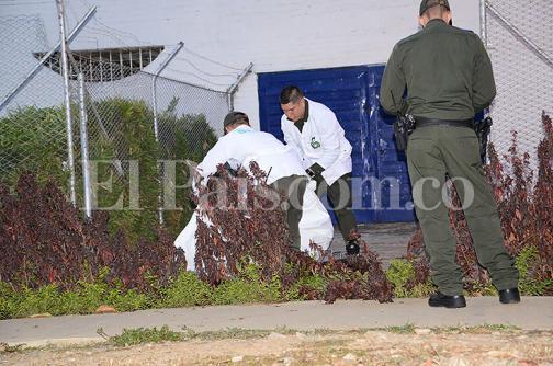 Hallan muerta a una mujer en parque del barrio El Refugio