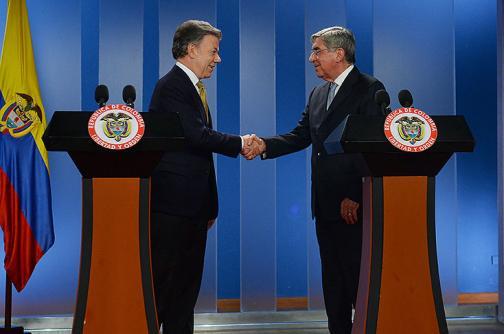 Presidente Santos confirma avances en discusión sobre cese bilateral al fuego