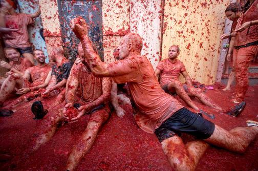 En imágenes: así se celebran los 70 años de la Tomatina