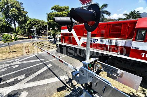 Cali tendrá doce barreras automáticas para el paso del tren