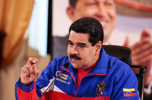 """Maduro dice que éxodo colombiano generó una """"emergencia humanitaria"""""""