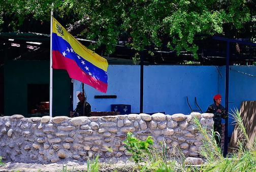 Imágenes: el vía crucis de los colombianos tras ser deportados de Venezuela