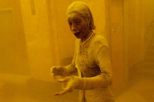 Mujer de foto icónica de atentados del 9/11 murió de cáncer