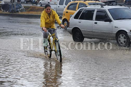 En fotos: la lluvia que refrescó a los caleños