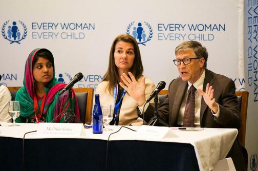 Bill Gates y Mark Zuckerberg apuestan por un acceso universal a internet